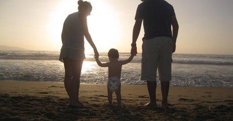 Family beach mom dad child stock public domain